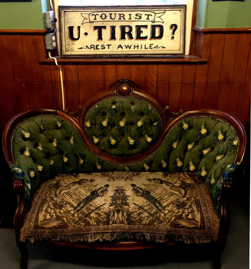 wellington museum fainting couch